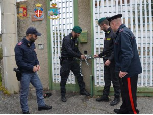 'Ndrangheta – Sgomberate due villette occupate da esponenti clan