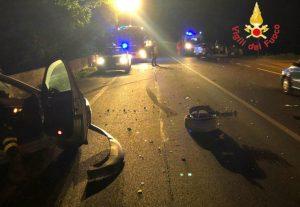 Scontro tra due auto sulla Statale 106 nel catanzarese, feriti