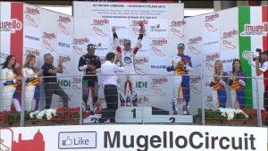 Exploit del calabrese Simone Iaquinta al Mugello: doppia vittoria nella Carrera Cup Italia