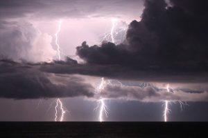 Inizio settembre col il maltempo, temporali sulla Calabria: è allerta gialla