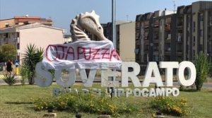 FOTO NEWS | Salvini a Soverato, al via diverse contestazioni