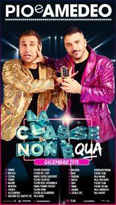 """Il ciclone Pio e Amedeo arriva a Crotone. Il duo in scena al PalaMilone con """"La classe non è acqua"""""""