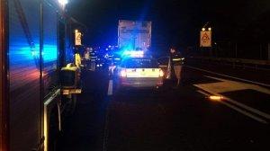 Tragico incidente nella notte in Calabria, 4 giovani perdono la vita in un frontale. 2 feriti gravi