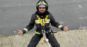 """""""Ciao Nino"""" l'addio dei colleghi al vigile del fuoco calabrese, aveva solo 32 anni"""