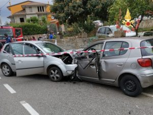 Scontro frontale tra due auto nel catanzarese, 48enne muore dopo 10 giorni di agonia