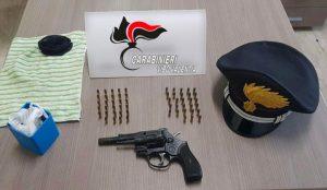 Trovato con revolver e munizioni in casa, 39enne arrestato