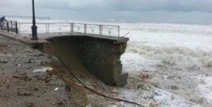 «Entro dieci anni la costiera tirrenica non esisterà più, intervenire subito!».