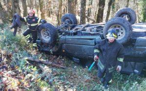 Chiaravalle – Fuoristrada con 4 cacciatori precipita in un burrone, illesi