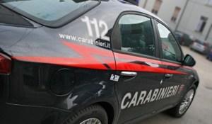 Minaccia di gettarsi dal cornicione della casa di riposo, salvato dai carabinieri