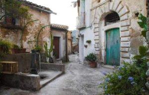 """Inserire le """"Fontane dell'amore"""" di Badolato e della Calabria nei circuiti turistici nazionali"""