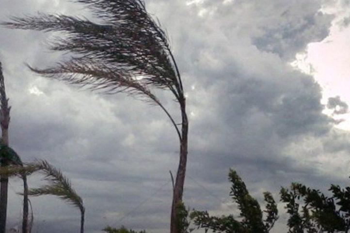 Emanato avviso per vento di burrasca forte su tutta la Liguria