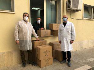 Il Rotary di Soverato dona mille camici all'ospedale