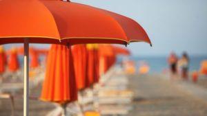 Federconsumatori: Ombrelloni troppo cari? in Calabria le spiagge non siano privilegio per pochi