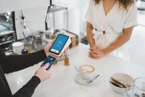 Pagamenti contactless: la sicurezza di Visa per i nostri pagamenti, dai casinò online ai negozi in centro!