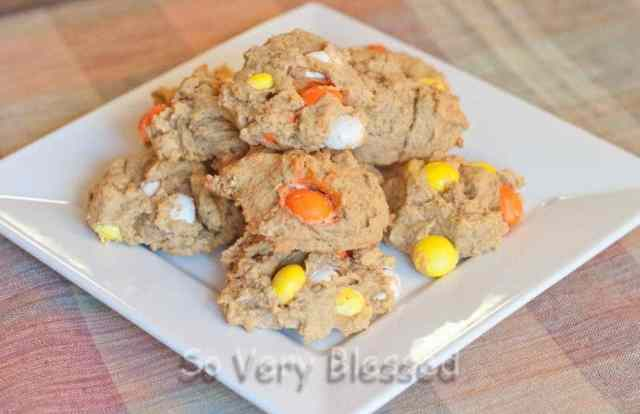 White Chocolate Pumpkin Cookies : So Very Blessed