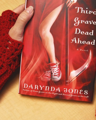 NYT Best Selling Author Darynda Jones Owns a Pair of My Fingerless Gloves (Woot!)