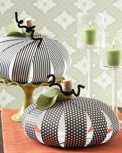 Monday Mini Project: Paper Strip Pumpkins