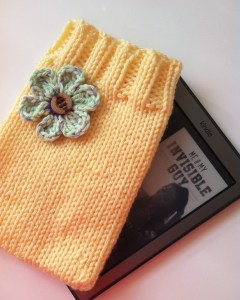 Knitted Kindle Cozy