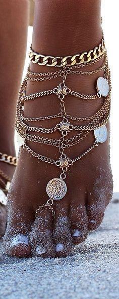 Une petite sélection des bijoux à porter absolument cet été