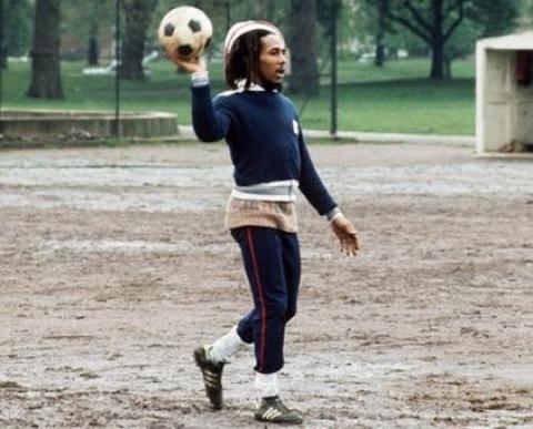 Ver a Jamaica entre los grandes del fútbol, el sueño de Bob Marley