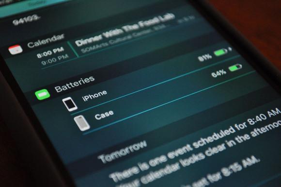151209-Apple-Smart-Battery-Case-10