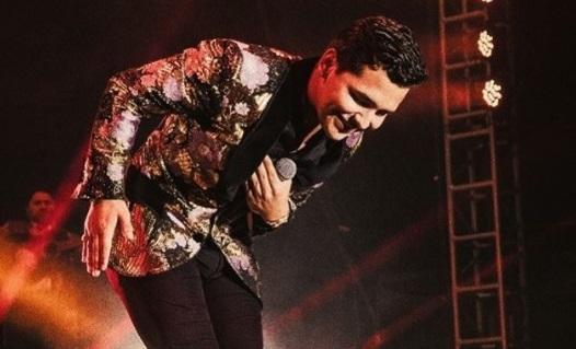 Christian Nodal el latino con más premios