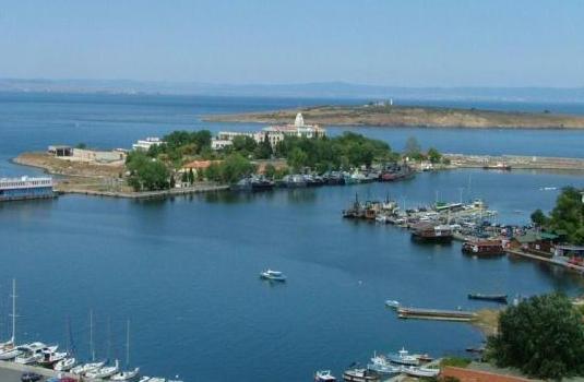 Откриха архаично селище на остров Свети Кирик и Юлита 1