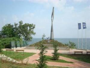Склупторът Альоша Кафеджийски за паметника на подводничарите в Созопол 2