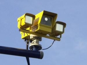 Екип на КАТ регулира светофара на кръстовището Средец-Бургас-Созопол 1