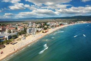 Министерство на туризма и единна ДДС ставка искат браншовици 12