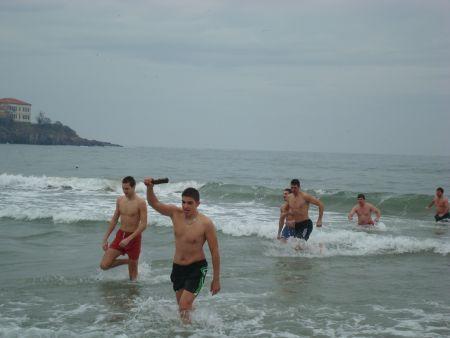 30 младежи в надпреварата за кръста в Созопол 5