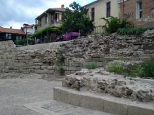 Созопол изгражда крепостната стена 2