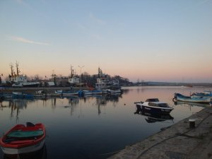 Кражба на двигател от лодка на пристана в Созопол 2