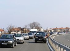 По пътя към втората бензиностанция - Лукойл-Атия