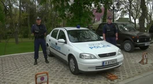 Община Созопол подари автомобил на полицията в града 15
