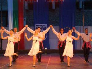 Созопол открива лято 2011 със заря и премиера на спектакъл на Нешка Робева 2