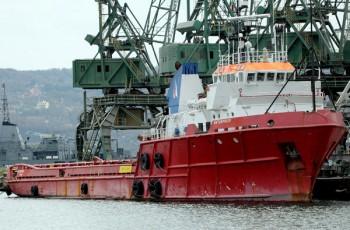 България ще има кораб за борба с нефтените разливи в Черно море 8