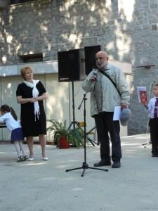 Почетен знак и грамота за художника Иван Бахчеванов 2