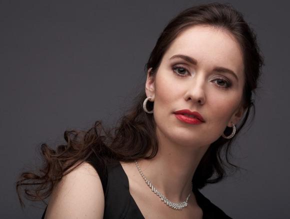 Виртуозната пианистка Анна Шелудько в Созопол 1