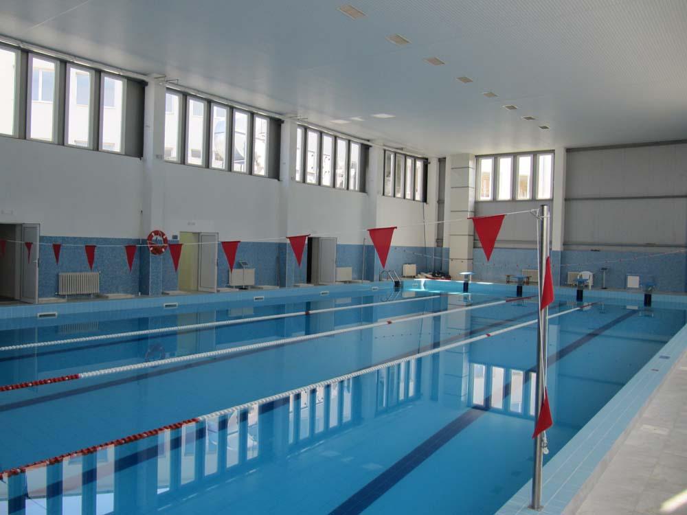 Работно време и адрес на закрит плувен басейн Созопол
