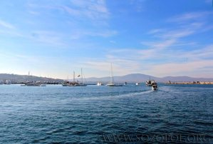 Рибарските кораби излизат в открито море на Никулден