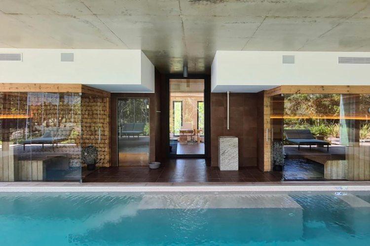 Sauna, hammam, fontaine de glace - Hôtel Version Maquis Bonifacio - Création Benoît Creus.