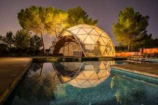 MasQI, the energy house Yoga dome, for Yoga, detox, wellness and coaching holidays in Spain