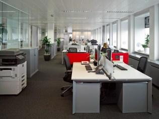 Pelican_Rouge_open-plan_office2-1024x766