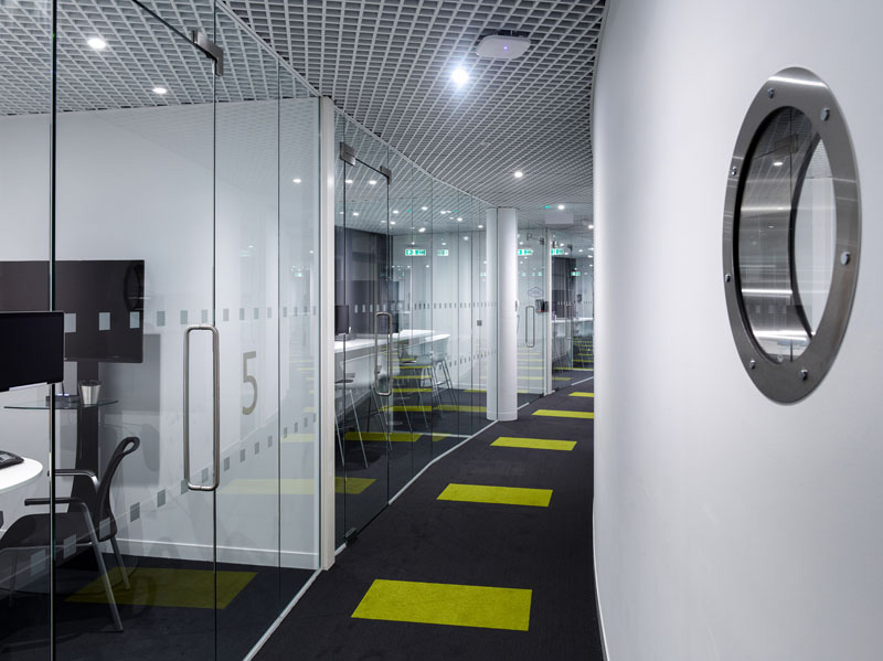Image of Thames Water HQ frameless glazing