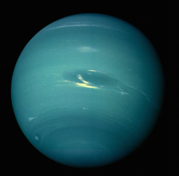 Strange storm spotted fading from Neptunes surface