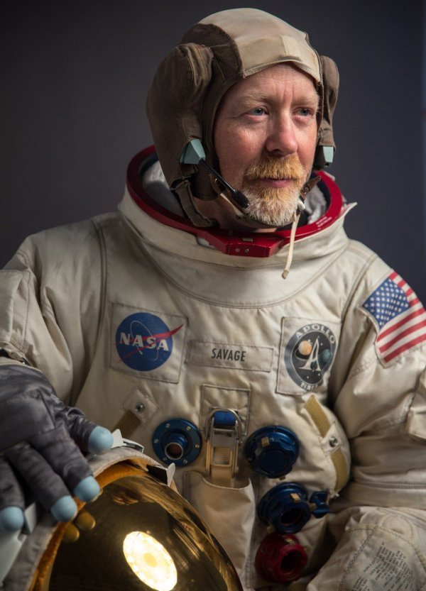 Want your own spacesuit? We know a guy... - SpaceFlight ...
