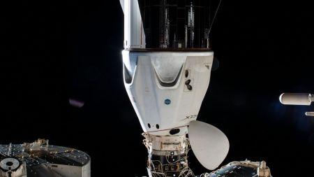 क्रू ड्रैगन रेजिलिएशन हार्मनी मॉड्यूल के अंतरिक्ष-सामना वाले बंदरगाह पर डॉक किया गया।  साभार: NASA