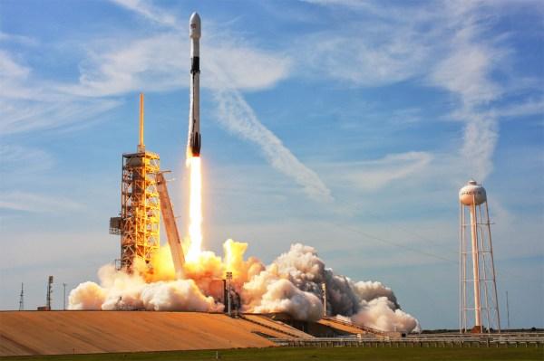 Falcon 9 - SpaceFlight Insider