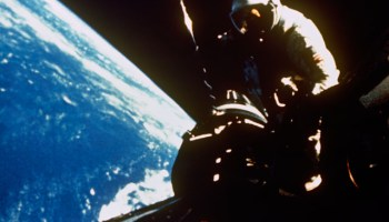 Dick Gordon operates in the vacuum of space during one of his sessions of EVA on Gemini XI (Credits: NASA).